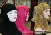 Das islamische Kopftuch: Symbol der Unterdrückung oder der kulturellen Vielfalt? Foto: Larissa Bender
