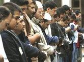 Betende Muslime in Londoner Moschee; Foto: AP