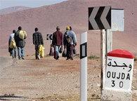 Abschiebung von Flüchtlingen Richtung Algerien; Foto: AP