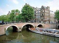 Gracht in Amsterdam; Foto: AP