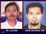Mutmaßlicher südostasiatischer Top-Terrorist Dr. Azahari Husin und sein Komplize Noordin M. Top, Fahndungsplakat; Foto: AP