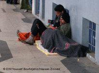 Jugendliche Bettler in den Straßen von Algier; Foto: Deutsche Welle