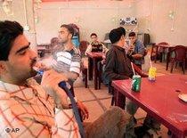 Café in Bagdad; Foto: AP