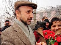 Ragip Duran nach seiner Freilassung im Jahr 1999; Foto: AP