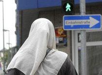 Muslimin in Frankfurt; Foto: AP