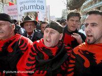 Proteste für die albanische Unabhängigkeit; Foto: dpa