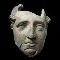 Tönernde Maske aus Ai Khanum; Quelle: National Museum of Afghanistan © musée Guimet/Thierry Ollivier