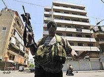 Bewaffneter der Amal-Miliz in Beirut; Foto: AP