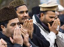Glaubensanhänger der Ahamdiyya; Foto: picture-alliance/dpa