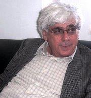 Sari Nuseibeh in seinem Büro an Al-Quds University; Foto: Mohanad Hamed