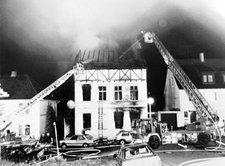 Abgebranntes Haus in Solingen nach dem fremdenfeindlichen Anschlag; Foto: AP