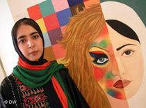 Afghanische Künstlerin Khadija; Foto: DW
