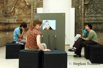 Videointerviews als Teil der Ausstellung; Foto: Stephan Schmidt