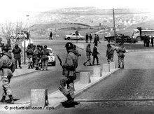 Türkische Armee-Einheiten auf dem Gelände der Universität in Ankara 1971; Foto: picture-alliance/ dpa