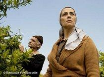 Salma im Zitronenhain; Foto: &copy Berlinale Pressestelle