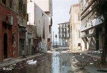 Beschädigte Gebäude aus der Zeit des Bürgerkriegs in Beirut; Foto: dpa