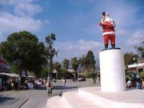 Noel-Baba-Skulptur in Demre/Myra; Foto: Wikipedia