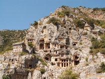 Felsengräber in Myra; Foto: wikipedia.de
