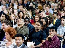 Einbürgerungszeremonie in der 'Grote Kerk' in Den Haag; Foto: AP