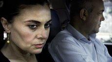 Hatice Aslan spielt Hacer, die Ehefrau des Chauffeurs; Foto: Arsenal Filmverleih