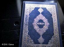 Ausgabe des Korans auf Albanisch; Foto: DW