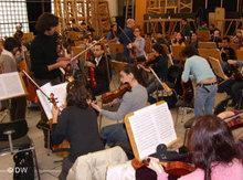 Das West-Östliche Diwan Orchester bei einer Probe; Foto: DW