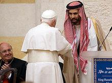 Papst Benedikt XVI. und Jordaniens Prinz Ghazi Bin Talal; Foto: AP