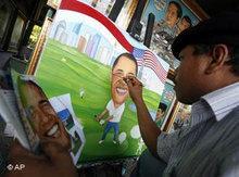 Indonesischer Maler in Jakarta zeichnet ein Bild von Obama; Foto: AP