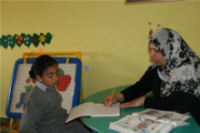 Kinderbetreuung im Palestinian Happy Child Center; Foto: Muhanad Hamed