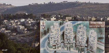 Infotafel für den Siedlungsbau bei Ostjerusalem; Foto: AP