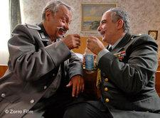 Wolfgang Stumph (links) und Michael Niavarani; Foto: Zorro Film/DW