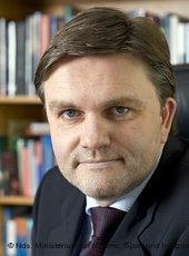 Uwe Schünemann; Foto: Nds. Ministerium für Inneres, Sport und Integration