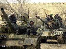 Soldaten der Nordallianz in Kunduz; Foto: AP