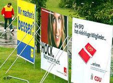 Plakate für die Komunalwahl in Nordrhein-Westfalen; Foto: AP