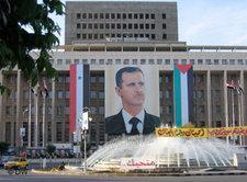 Plakat Bashar Al-Assads im Stadtzentrum von Damaskus; Foto: Kristin Helberg/DW