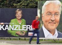 Wahlplakate der CDU und SPD; Foto: AP