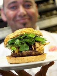 Halal-Burger; Foto: dpa