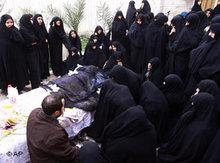 Trauer um Hossein Ali Montazeri; Foto: AP
