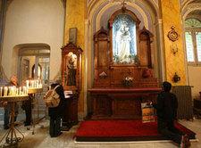 Christen in der St. Esprit Kathedrale in Istanbul; Foto: AP