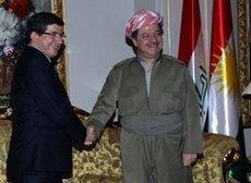 Ahmet Davutoglu und Massoud Barzani; Foto: AP