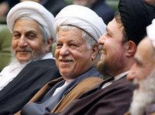 Ayatollah Hassan Sanei (links) und Ayatollah Rafsandschani (Mitte); Foto: DW