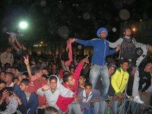Besucher auf dem Gnawa-Festival in Marokko 2007; Foto: Daniel Seibert