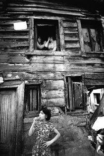 Altes Haus im Stadtteil Zeyrek/Fatih (1982); Foto: Ara Güler