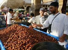 Dattelverkäufer in Casablanca; Foto: AP