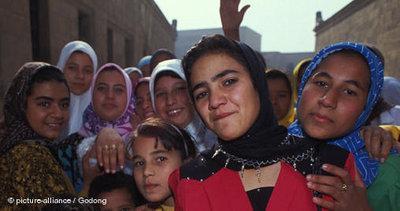 Mädchen in Kairo; Foto: dpa