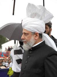 Hadhrat Mirza Masroor Ahmad; Foto: Wikipedia