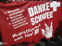 NPD-Kundgebung in Duisburg DW/Hicham Driuouich