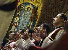 Koptische Christen während der Weihnachtsmesse Saint Mark's Coptic Orthodox Cathedral in Kairo; Foto: AP