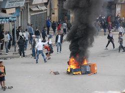 Gewaltsame Proteste in Annaba; Foto: AP