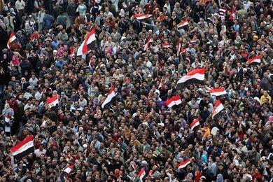 Demonstration von Mubarak-Gegnern auf dem zentralen Tahrir-Platz in Kairo; Foto: dpa